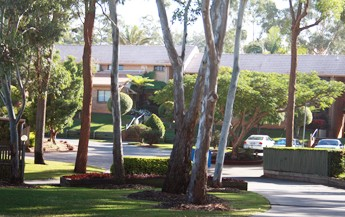 Comfort Inn  Suites Robertson Gardens - Bundaberg Accommodation