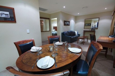 Quality Hotel Powerhouse - Bundaberg Accommodation