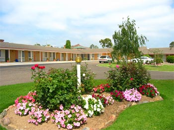 Bega Village Motor Inn - Bundaberg Accommodation