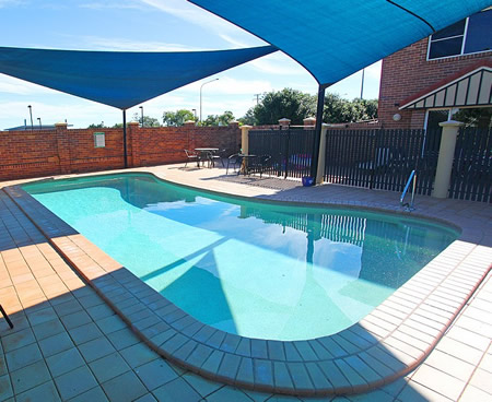Cotswold Motor Inn - Bundaberg Accommodation