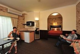 Highlander Motor Inn And Apartments - Bundaberg Accommodation