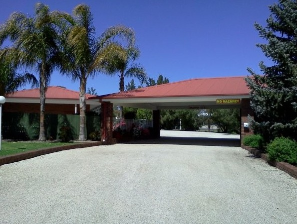 Golden Chain Border Gateway Motel - Bundaberg Accommodation