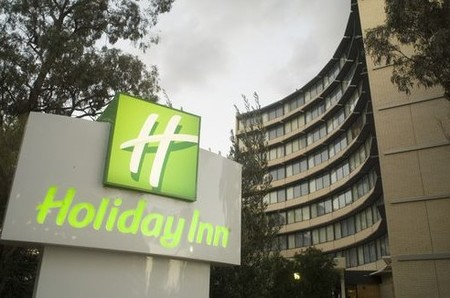 Holiday Inn Melbourne Airport - Bundaberg Accommodation