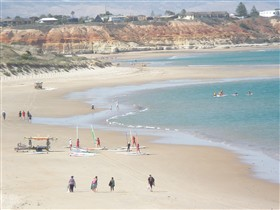 Waterfront Port Noarlunga - Bundaberg Accommodation