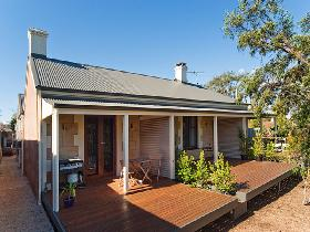 Strathalbyn Villas - Bundaberg Accommodation