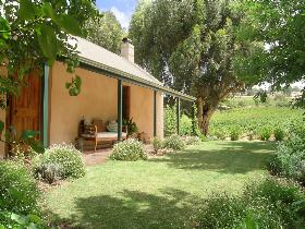 Seppeltsfield Vineyard Cottage - Bundaberg Accommodation