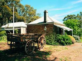 Reilly's Wines Heritage Cottages - Bundaberg Accommodation