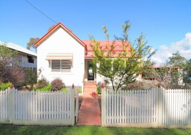 Diamond Cottages - Bundaberg Accommodation