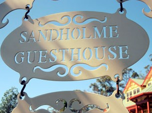 Sandholme Guesthouse 5 Star - Bundaberg Accommodation