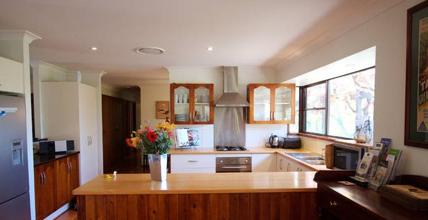 Cicada Country House - Bundaberg Accommodation