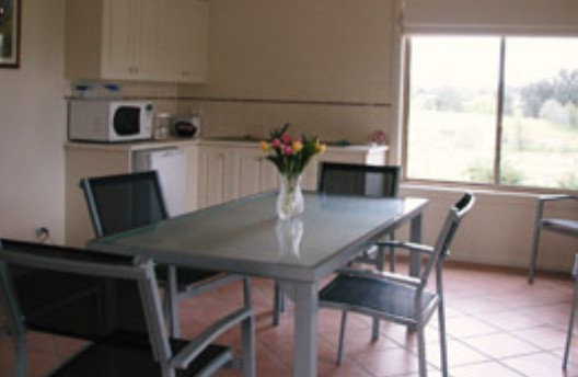 Burns B and B and Yabby Farm - Bundaberg Accommodation