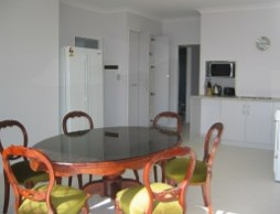 Olas Holiday House - Bundaberg Accommodation