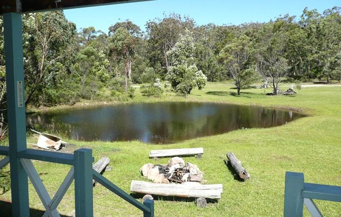 Possums Hollow and Hooters Hut - Bundaberg Accommodation