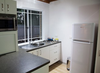 Homewood Cottages - Bundaberg Accommodation