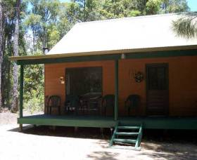 Loose Goose Chalets - Bundaberg Accommodation