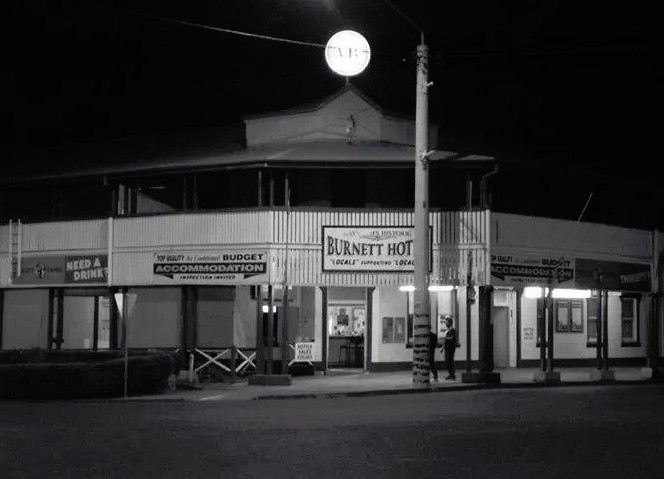 Burnett Hotel - Bundaberg Accommodation