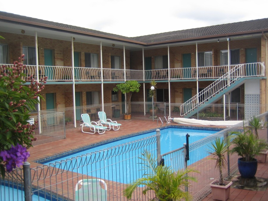 The Coasters Motel - Bundaberg Accommodation