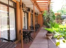 Desert Rose Inn - Bundaberg Accommodation