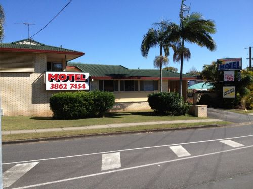 Aspley Sunset Motel - Bundaberg Accommodation