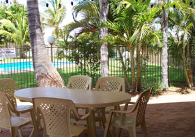 Carnarvon Gateway Motel - Bundaberg Accommodation