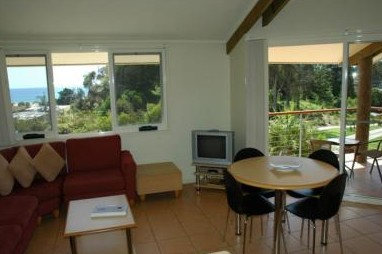 Tathra Beach House Apartments - Bundaberg Accommodation