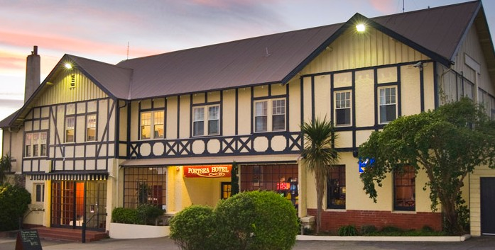 The Portsea Hotel - Bundaberg Accommodation