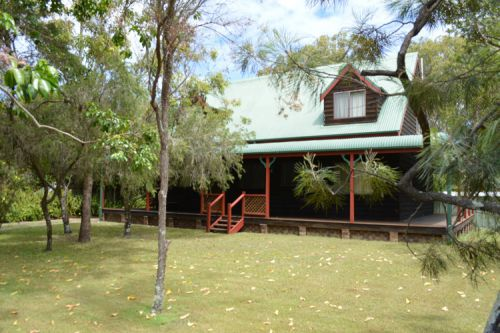 The Wooli River Cottage - Bundaberg Accommodation
