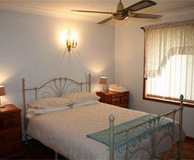Caits Cottage Bed And Breakfast - Bundaberg Accommodation