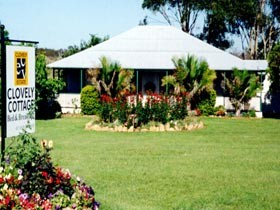 Clovely Cottage - Bundaberg Accommodation