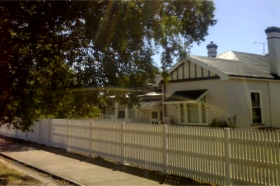 Sheffield B  B - Bundaberg Accommodation