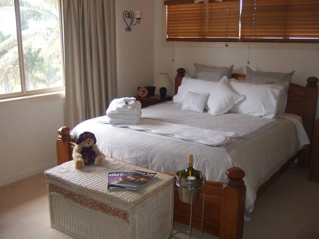 Ayr Bed and Breakfast on McIntyre - Bundaberg Accommodation