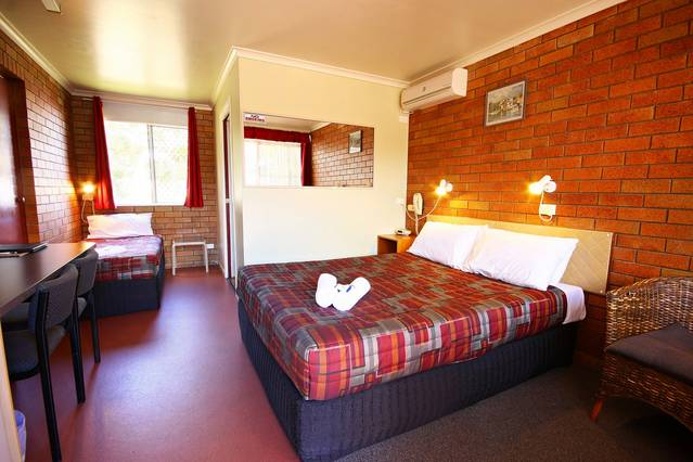 Downs Motel - Bundaberg Accommodation