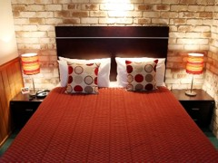 Highlander Motor Inn  Apartments - Bundaberg Accommodation