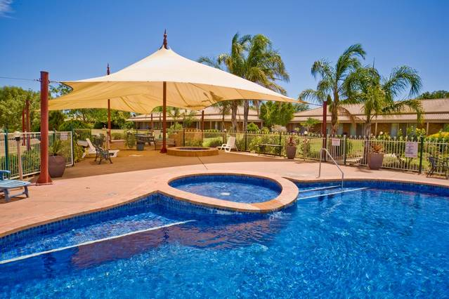 Paradise Lakes Motel - Bundaberg Accommodation