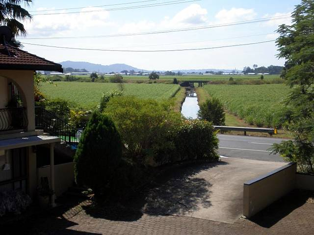 Poinciana Motel - Bundaberg Accommodation