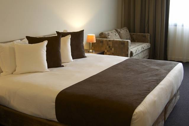 Quality Hotel Tabcorp Park - Bundaberg Accommodation