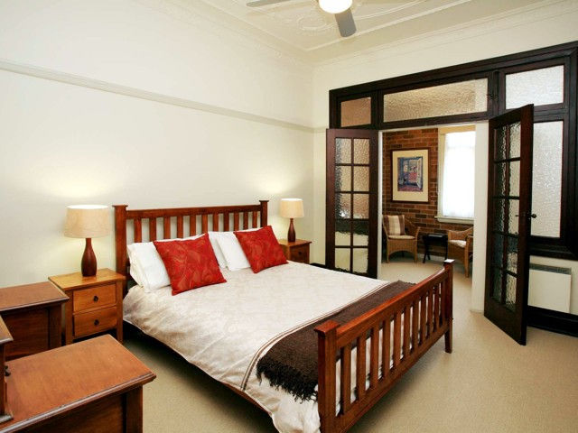 The Bank Guesthouse - Bundaberg Accommodation