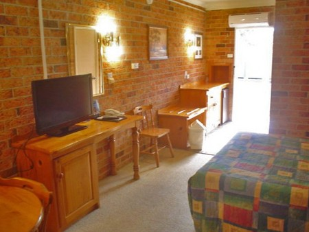 Coachmans Rest Motor Lodge - Bundaberg Accommodation