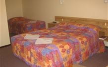 Wagon Wheel Motel and Units - Coonabarabran - Bundaberg Accommodation