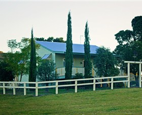 Milford Country Cottages - Bundaberg Accommodation