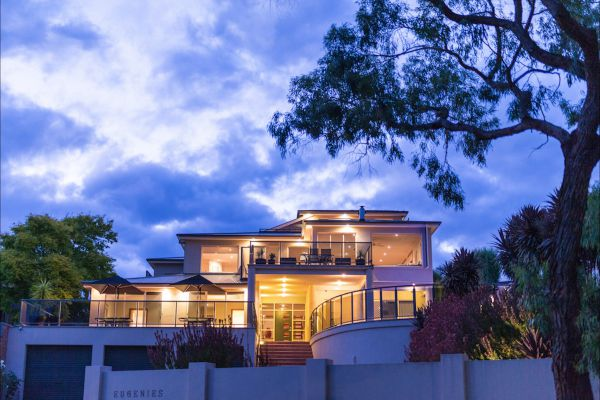 Eugenie's Luxury Accommodation - Bundaberg Accommodation