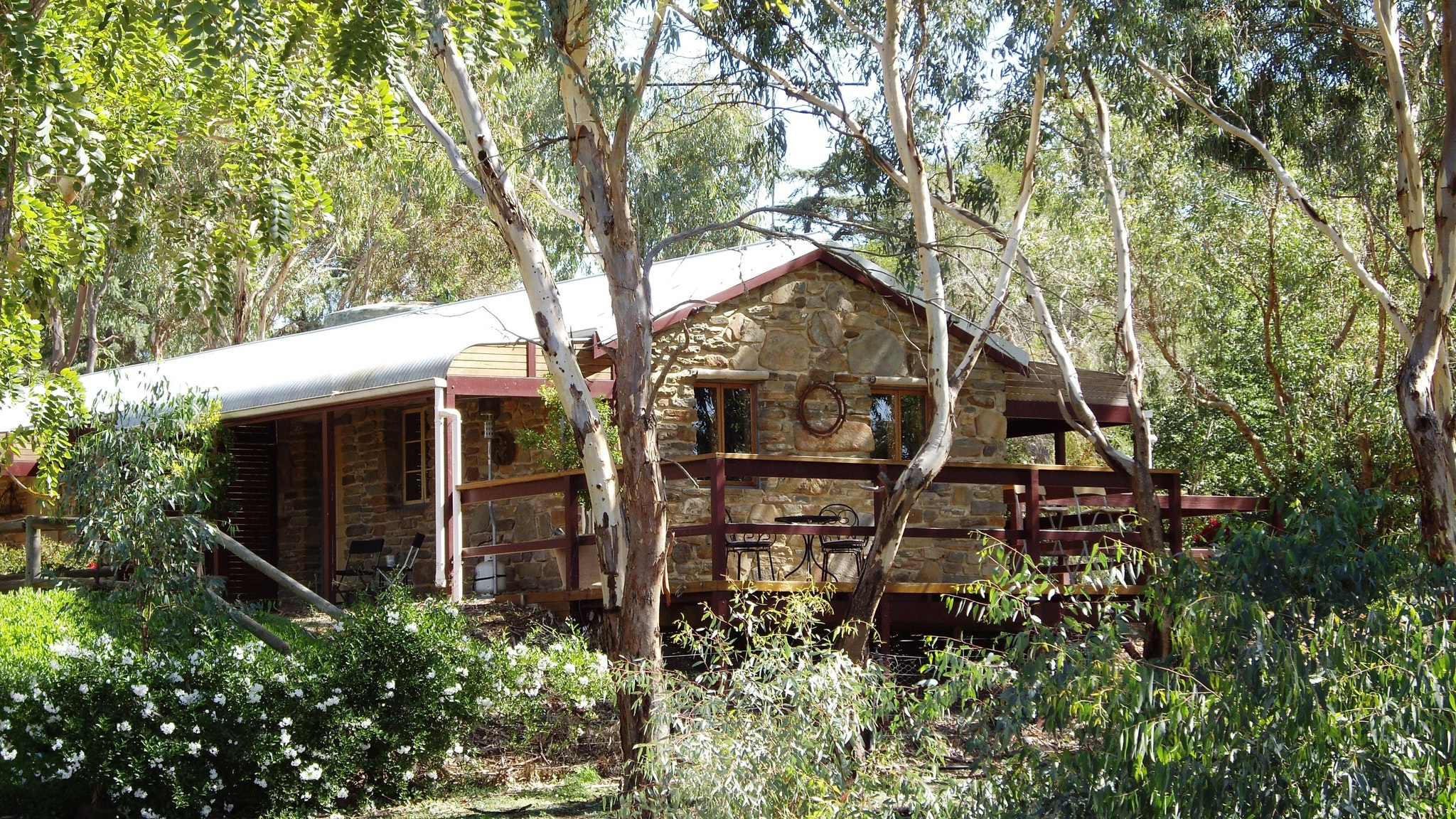 1860 Wine Country Cottages - Bundaberg Accommodation