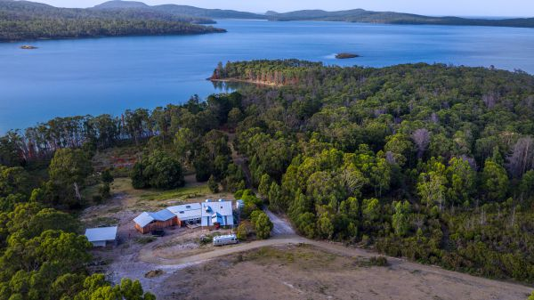 Bruny Island Lodge - Bundaberg Accommodation