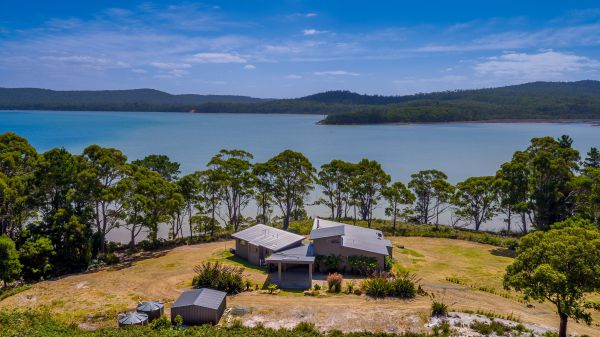 Cloudy Bay Lagoon Estate - Bundaberg Accommodation