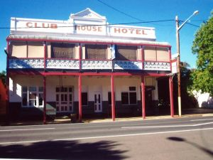 Club House Hotel - Bundaberg Accommodation