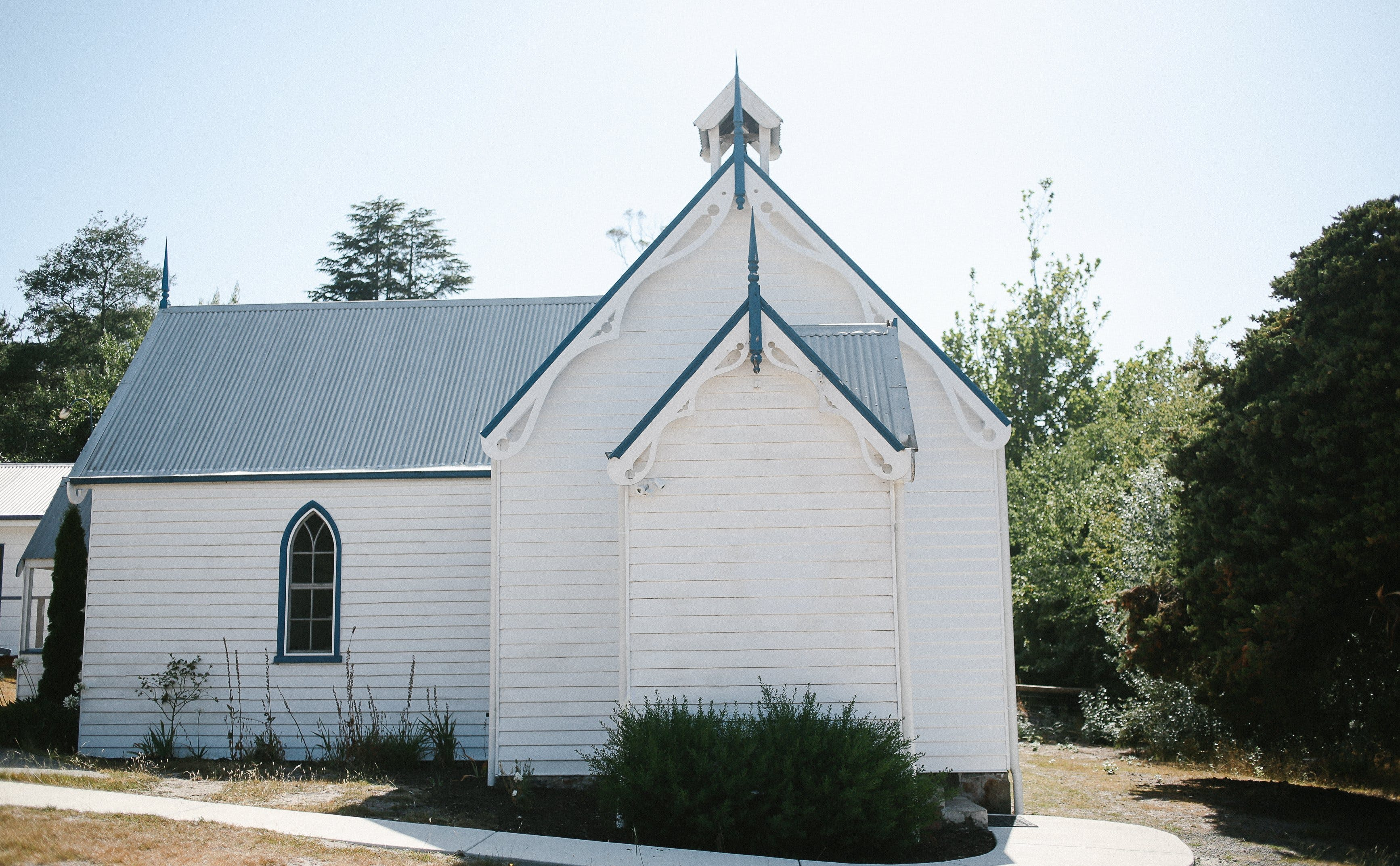 Old White Church Bed and Breakfast - Bundaberg Accommodation