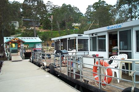 Clyde River Houseboats - Bundaberg Accommodation