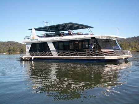 Able Hawkesbury River Houseboats - Bundaberg Accommodation