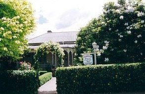 Bowral Cottage Inn - Bundaberg Accommodation