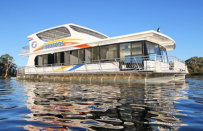 All Seasons Houseboats - Bundaberg Accommodation